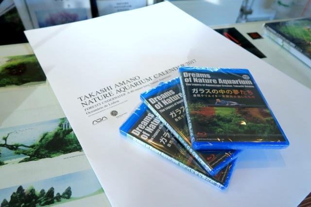 Blu-rey Disc 定価/3,241円 (税抜)