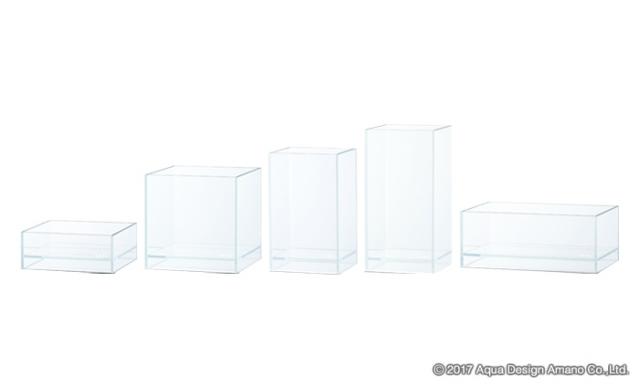 ネオグラス エア・シリーズシリーズは底面のガラスを底上げしたデザイン